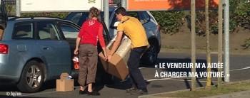 Day 358 : aider les clients à charger leur voiture.